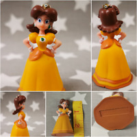 PRINCESS DAISY Super Mario Bros Figure Official Nintendo 2007 2.75 Inch