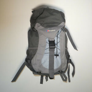 Berghaus Womens Freeflow 30 Litre Backpack Rucksack With Rain Cover Hiking