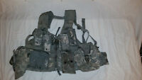 LIGHTWEIGHT MOLLE II ACU FLC ADJUSTABLE FIGHTING LOAD CARRIER W/ POUCHES JJ 1015