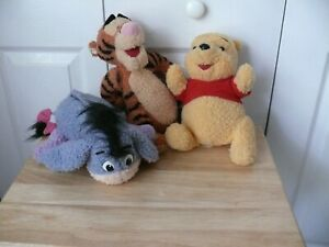 Pooh and Friends (Tigger and Eeyore) - Batteries Needed to Make Them Talk  - Use