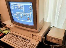 Commodore Amiga 1000 Computer in E X C E L L E N T condition, Complete set