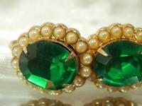 Vintage 50's Sparkly Green Rhinestone Gold Tone Screw Back Earrings Pretty 580j0