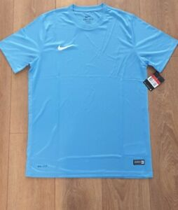 Nike training t shirt- Large mens- new with tags and original packaging