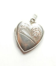 Vintage 925 Sterling Silver LOVE HEART SHAPE PATTERNED PICTURE PHOTO LOCKET 3.5g