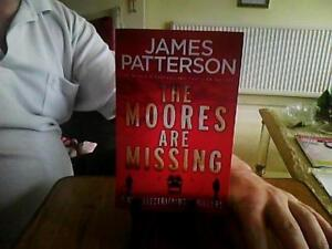 The Moores are Missing-James Patterson Paperback English Arrow 2017