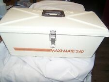 Maxi Mate 240 Tackle Box Very Nice Spoon or Crank Box