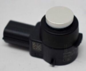 Genuine OEM GM 25961316 Park Assist Object Sensor White15239247