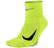 Nike Elite Cushioned Quarter Dri-FIT Running Socks Men sz (4-5.5) WMN sz (5.5-7)