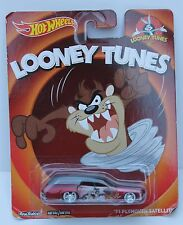 Hot Wheels Looney Tunes 71 Plymouth Satellite Tax 2013  Pop Series Metal Car