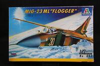 XY048 ITALERI 1/72 maquette avion 057 MIG-23 ML Flogger Année 1996