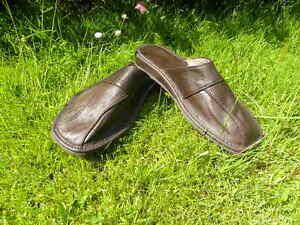 Herrnschuhe Latschen Hausschuhe  Pantoffeln feste Sohle  vorn zu A