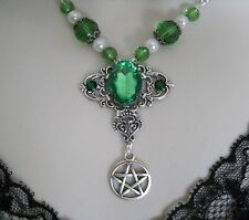 Forest Green Pentacle Necklace, wiccan pagan wicca witch witchcraft pentagram