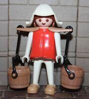 Playmobil Klicky  Wasserträgerin     1975/76/77/78/79