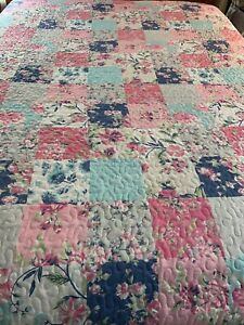 Vintage Style Pretty Flowers Patchwork Print  Quilt 100x86 king #786