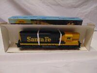 "Vintage Athearn train HO Scale 3821 ATSF End Dummy Diesel Locomotive 9"" metal"