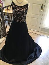 JIM HJELM evening social formal Black lace Spaghetti strap dress gown 12