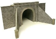 METCALFE PO243 OO GAUGE Single Track Tunnel Entrances Pack of 2