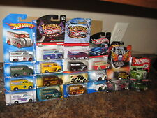 Hot Wheels Lot of 18 Dairy Delivery Variation Larry's Garage Holiday Street Show