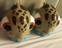 DISNEY ON ICE FINDING NEMO CHARACTER SQUIRT TURTLE CUP Mug With FLIP LID Set 2