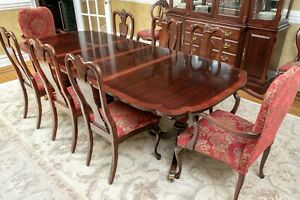 Vintage American Drew Double Pedestal Chippendale Style Mahogany Dining Set