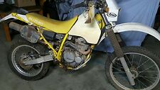 Suzuki DR350 wrecking/parting out.