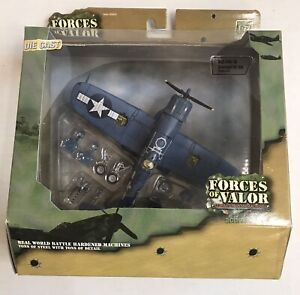 2005 Unimax Forces of Valor 1/72 US F4U-1D Corsair VF-84 Pacific 1945 95238