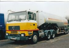 COL PHOTO: SHELL FODEN ARTIC FUEL TANKER - H63 XYT