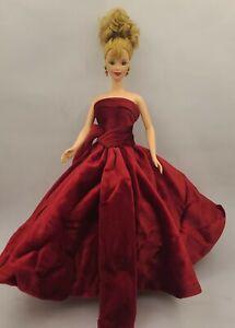 1998 Avon Winter Splendor Barbie - Mackie Face -
