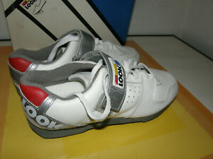 LOOK CYCLING SHOES SIZE US 8 (UK 8) WHITE NEW OLD STOCK BOXED