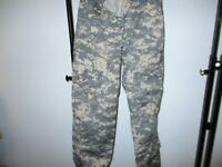 NEW/NOS ACU Pants/Trousers USGI Digital Camo Cotton/Nylon Ripstop -XS/REG-CB001