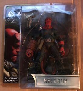 """Mezco Hellboy Series 1 7"""" Figure w/Good Samaritan No Coat - NRFP"""