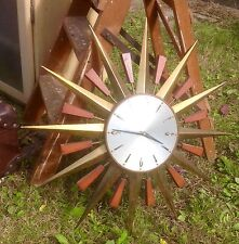 Wooden Vintage Retro Antique Clocks