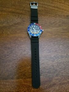 SEIKO PROSPEX SOLAR AIR DIVERS MENS WATCH SNE439P1