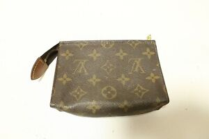 Authentic Louis Vuitton Toiletry Pouch Accessories Brown Bag #7549