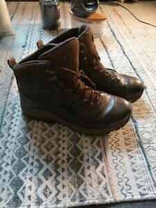 Merrell Vego Dry Mid WPLeather Walking Boots 8.5