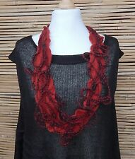 ZUZA BART*DESIGN HAND MADE AMAZING BEAUTIFUL QUIRKY WOOL NECKLACE***RED/BLACK***