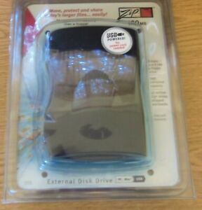 IOMEGA zip 100 USB external drive with USB cable (unopened, PC&MAC compatiable)