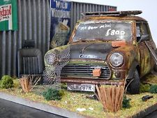 "1/18 mini mr bean barn find diorama code 3 ""andrew green"" cooper s MK1 modifié"