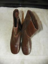 CLARKS LEATHER ANKLE BOOTS BROWN SIDE ZIPPER MEDIUM HEEL WOMENS SIZE 6 1/2 M