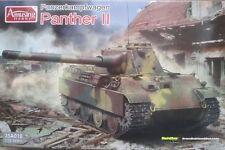 Amusing Hobby 35A018 Panzerkampfwagen Panther II   1:35