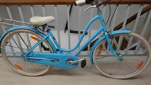 Ladies ELECTRA Traditional Amsterdam Dutch Style Step Through Town Bike Blue