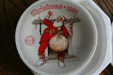 "Norman Rockwell ""Filling The Stocking "" Santa 1995 Christmas Collector Plate"