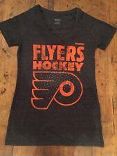 Philadelphia Flyers Grey Womens Reebok NHL Shirt Small Short Sleeve New Tshirt