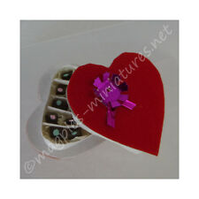 Doll House 12th Scale : Heart Shaped Box of Chocolates Christmas