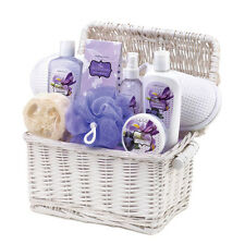 IRIS BLUEBERRY SCENTED BATH AND BODY SPA GIFT SET BASKET NEW ~10015829