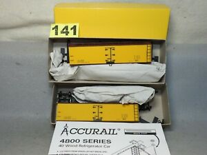 SET OF TWO ACCURAIL HO SCALE #4894 40' WOOD REEFER KITS WITH DATA ONLY NEW