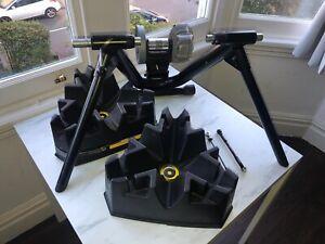 Saris Cyclops Fluid 2 Turbo Trainer - Includes rising blocks - Great Condition