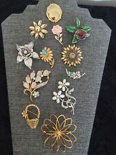 12 Beautiful Estate Retro Assorted Flower Style Brooch Lot