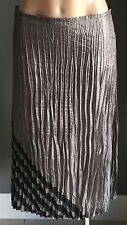 ICE EXPRESS Silver Grey & Black Crush Pleat Skirt Size M/12 - Stylish!