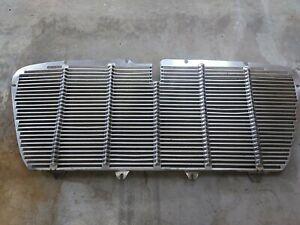 Chrysler Valiant SV1 Front Grille
